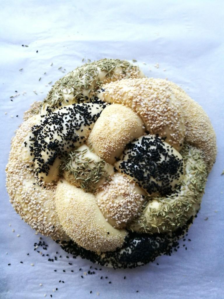 Challah with seeds
