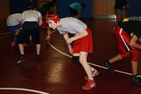 Wrestling team promotes cohesiveness