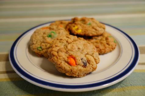 Baking with Susanna: trail mix cookies