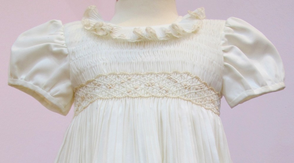 Taufkleid - Outfit Maedchen 2 detail