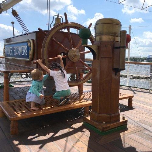 Ahoi Piraten! – Zu Wasser, an Land und am Strand