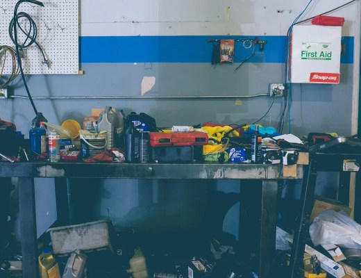 10 Seasonal Garage Maintenance Tips