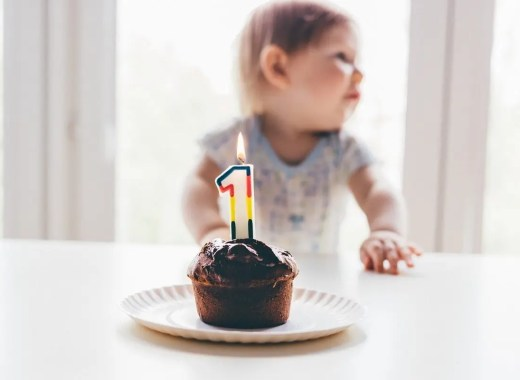 How to host an easy birthday party for your little one