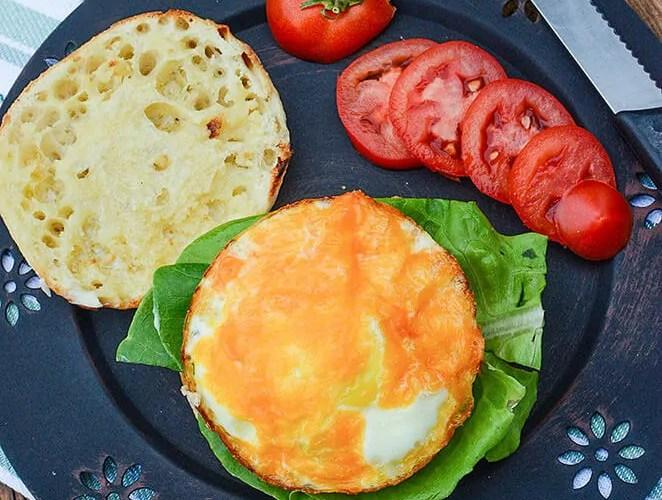 breakfast eggers – With a private chef, sorta.