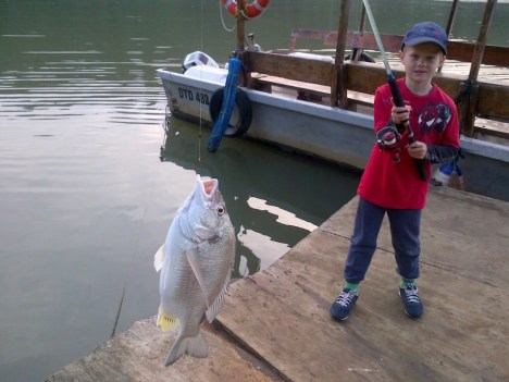 Mapson jnr with a really good sized Umzimkulu perch - that was carefully released. Nice one family!