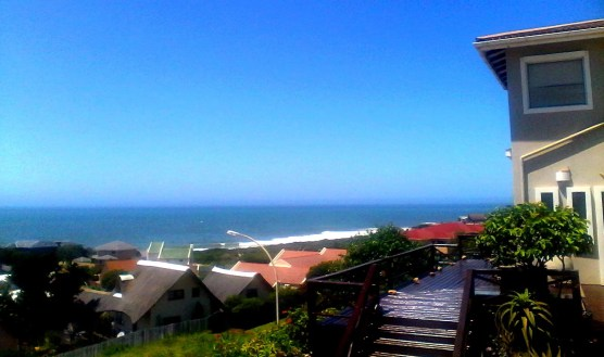 Jbay Surf View has a 180 degree vista covering the entire point from Boneyards to Kabeljauws