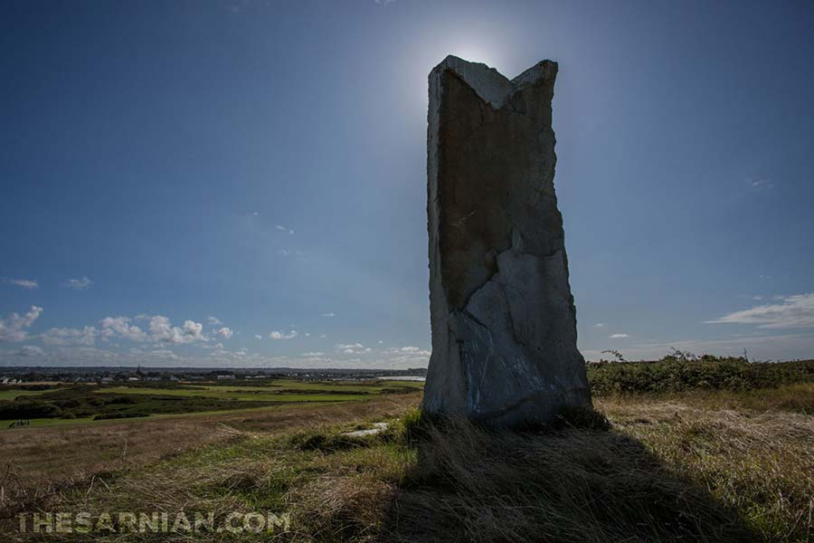 Stone monument on L'Ancresse Common
