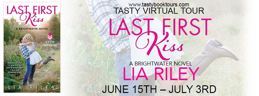 LAST FIRST KISS by Lia Riley: Review & Giveaway