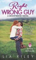 RIGHT WRONG GUY by Lia Riley: Review
