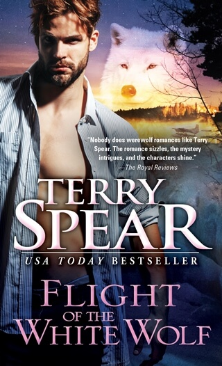 FLIGHT OF THE WHITE WOLF by Terry Spear: Excerpt & Giveaway