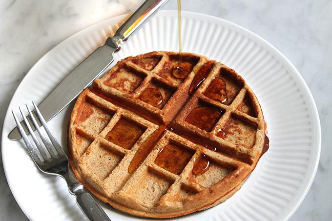 Cinnamon-Roll-Protein-Waffles-2