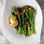 easy lemon garlic broccolini
