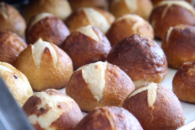 pretzel-bun-recipe-4