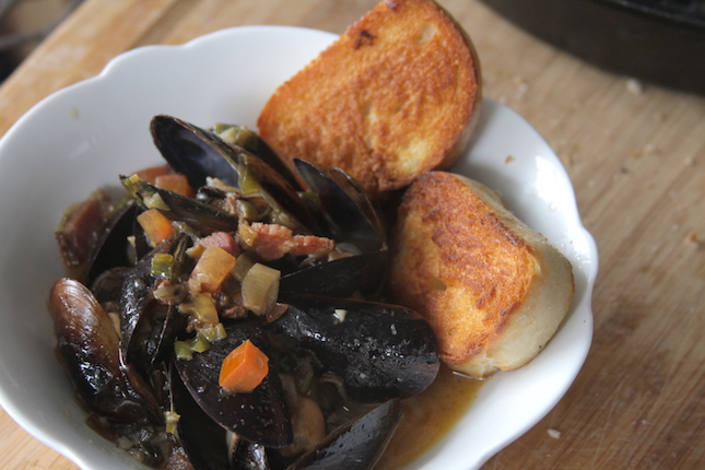 beer-steamed-mussels-recipe-1