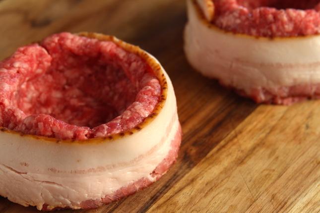 beer-can-bacon-mushroom-swiss-burger-recipes-4