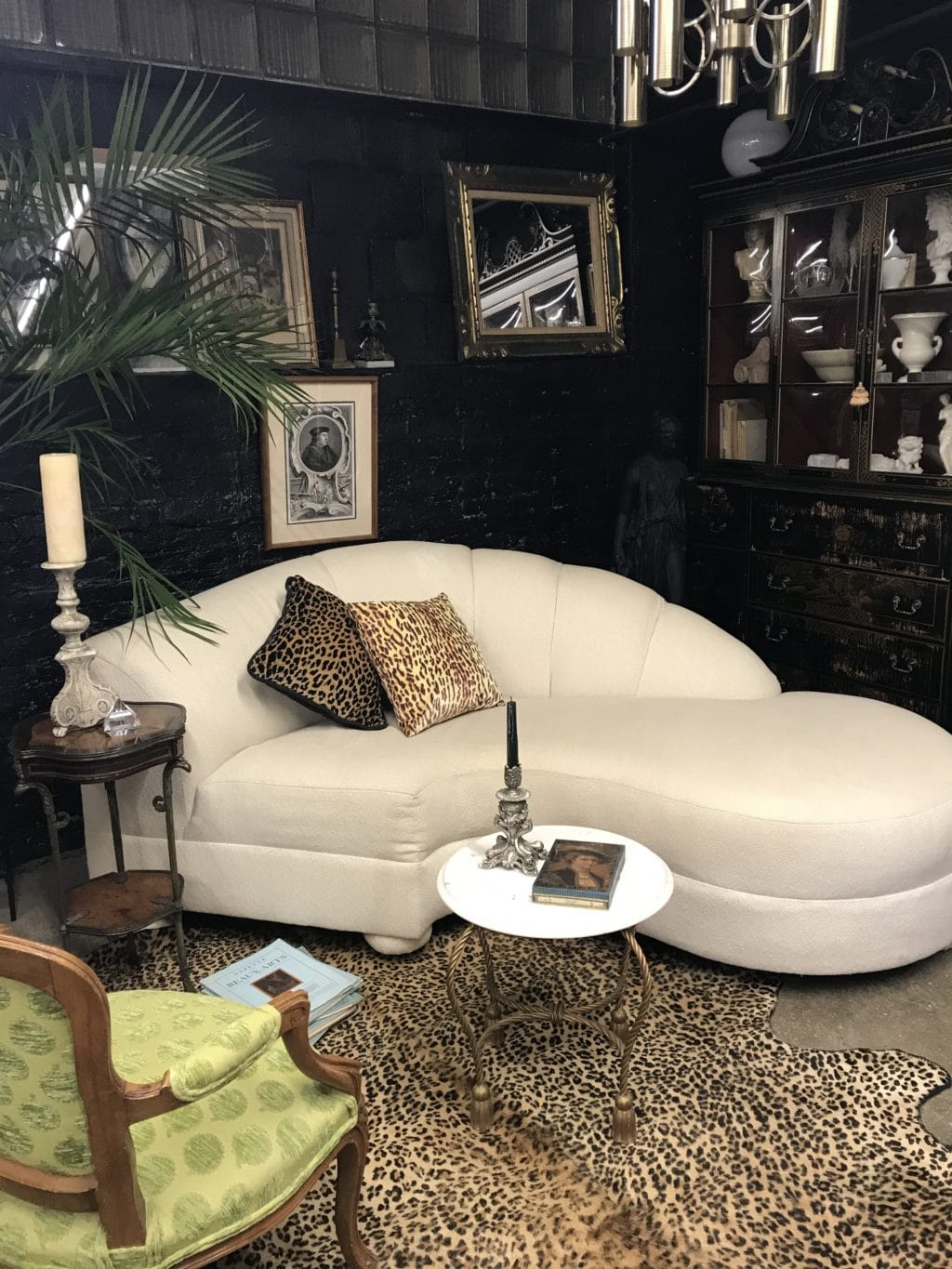 Art Deco Curved Channel Tufted Chaise Sofa By Lane The Savoy Flea