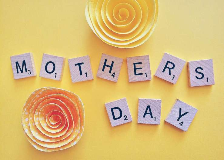 Savvy Mother's Day card ideas to save money