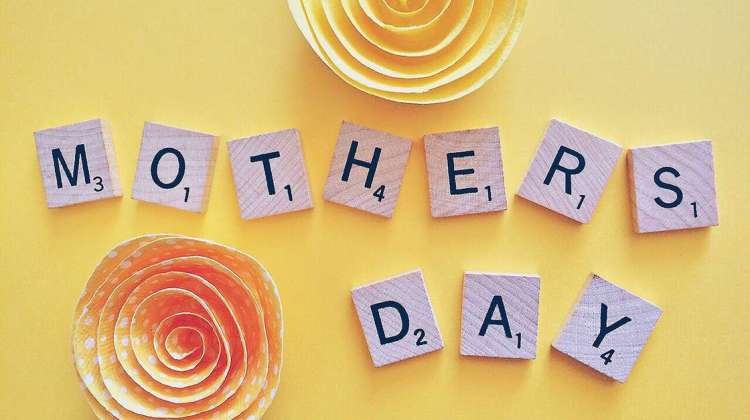 6 Easy Mother's Day Card Ideas to Save Money