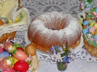 Step-by-step #Easter #buntcake #recipe #dessert #cake #baking
