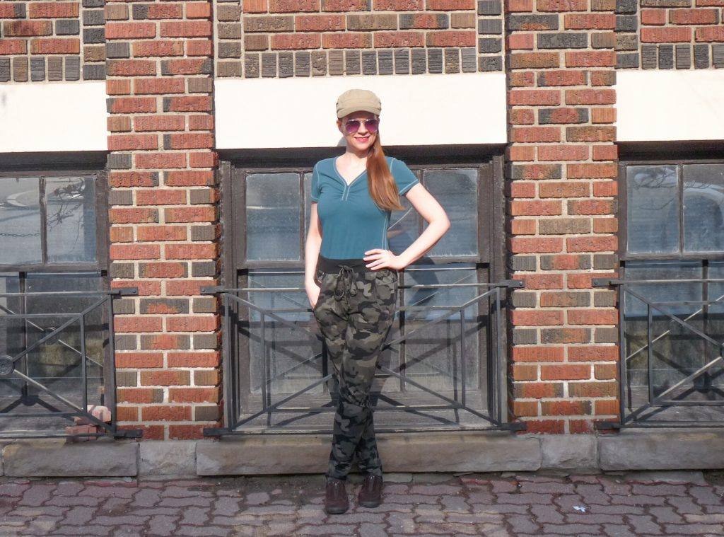 Ways to wear camouflage that are fun and easy! #camouflage #fashion #styles #pants