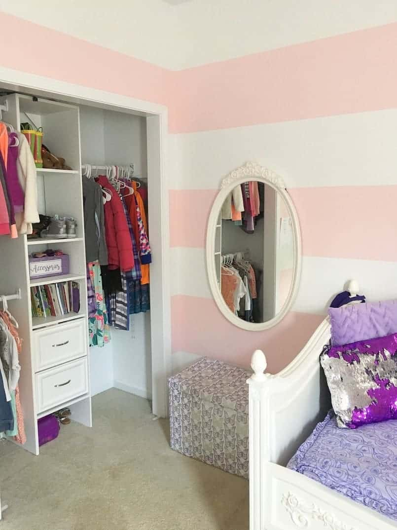 13 Small Bedroom Decorating Ideas on a Budget | The Savvy ... on Ideas For Small Rooms  id=74349