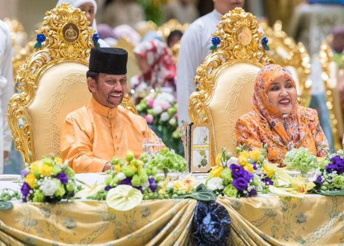 HM the Sultan and HM the Raja Isteri host a luncheon at Istana Nurul Iman in conjunction with Hari Raya Aidiladha on Aug 22, 2018. Photo: Infofoto