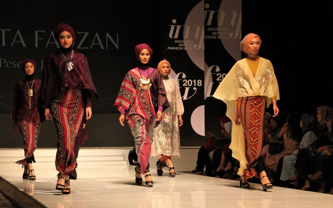 Models don designs from Indonesian designer Meeta Fauzan at Indonesia Modest Fashion Week 2018 at the Jakarta Convention Centre. Photo: Rasidah Hj Abu Bakar/The Scoop