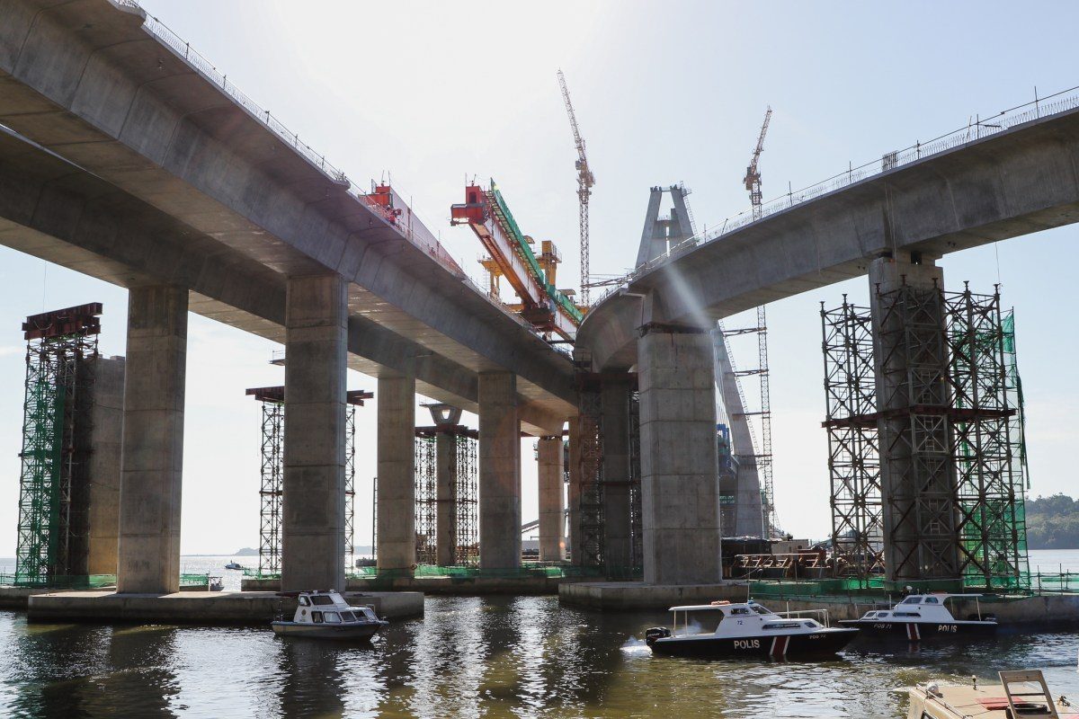 Temburong mega bridge completion on track for November 2019 deadline