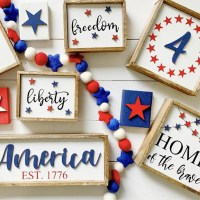 Patriotic 4th of July Signs