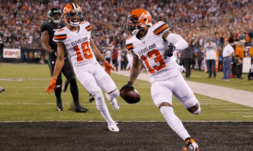 Browns Win Sloppy Monday Night Game