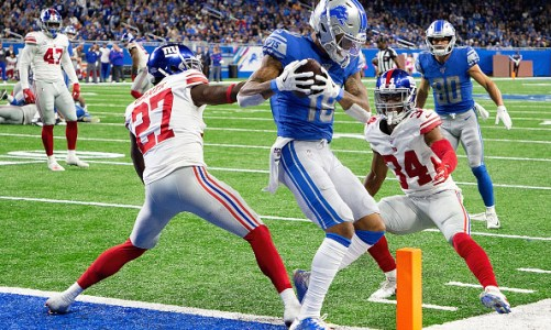 Detroit Lions Week 8 Recap: Giant Victory Keeps Lions on the Prowl