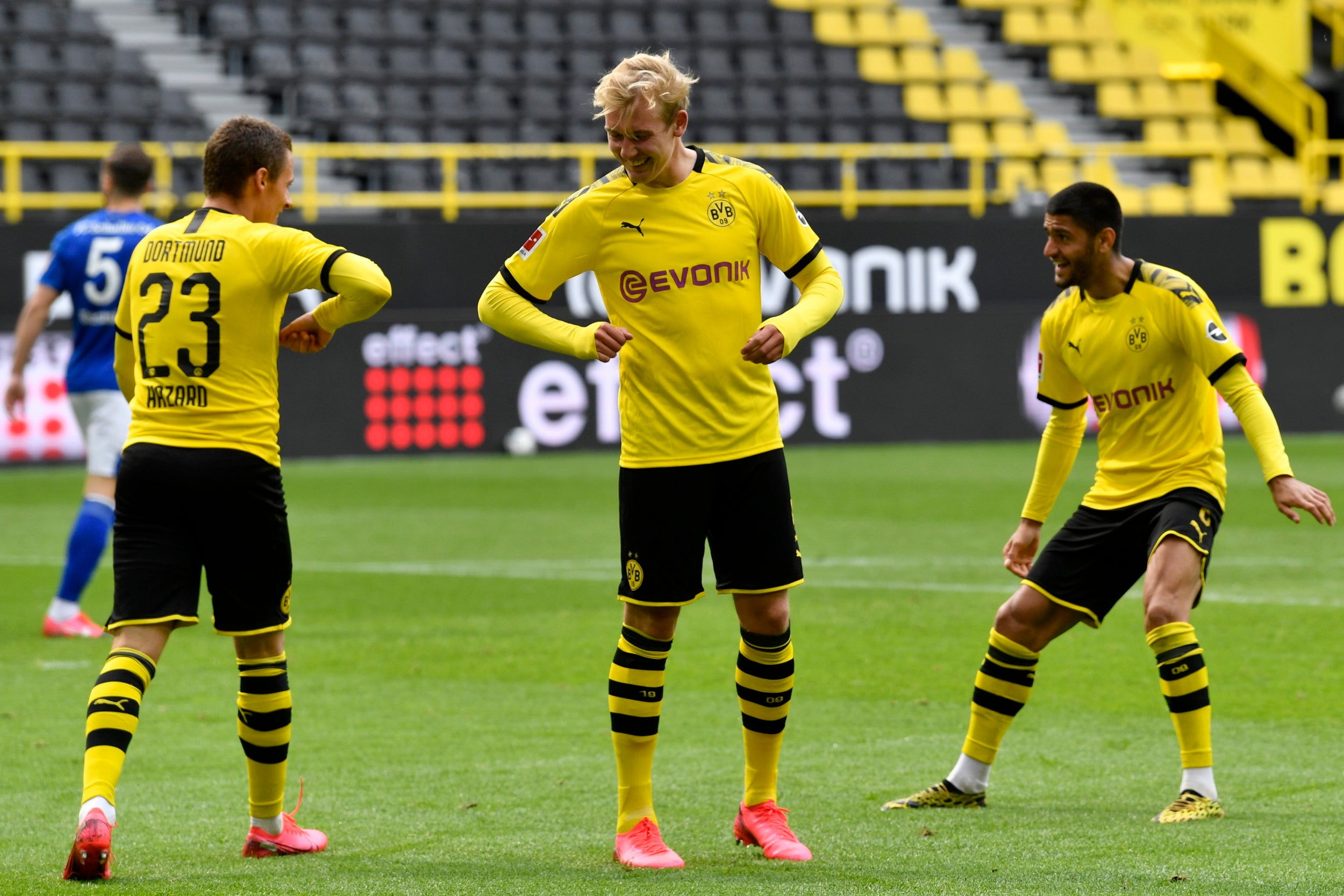 Watch Wolfsburg vs Borussia Dortmund Live Streaming