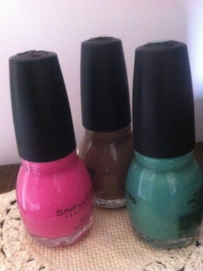 #6: Keep a trio of nail polish colors on your dresser for quick use or to bring out your room's accent colors.