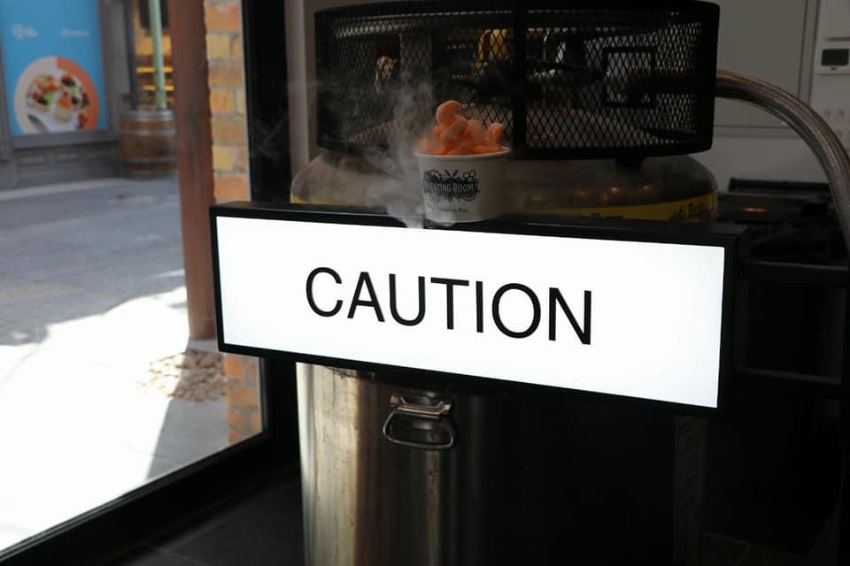 TIR_Caution