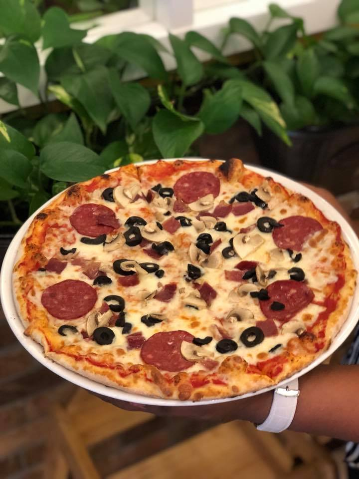 Sandellas_Pisa Pizza