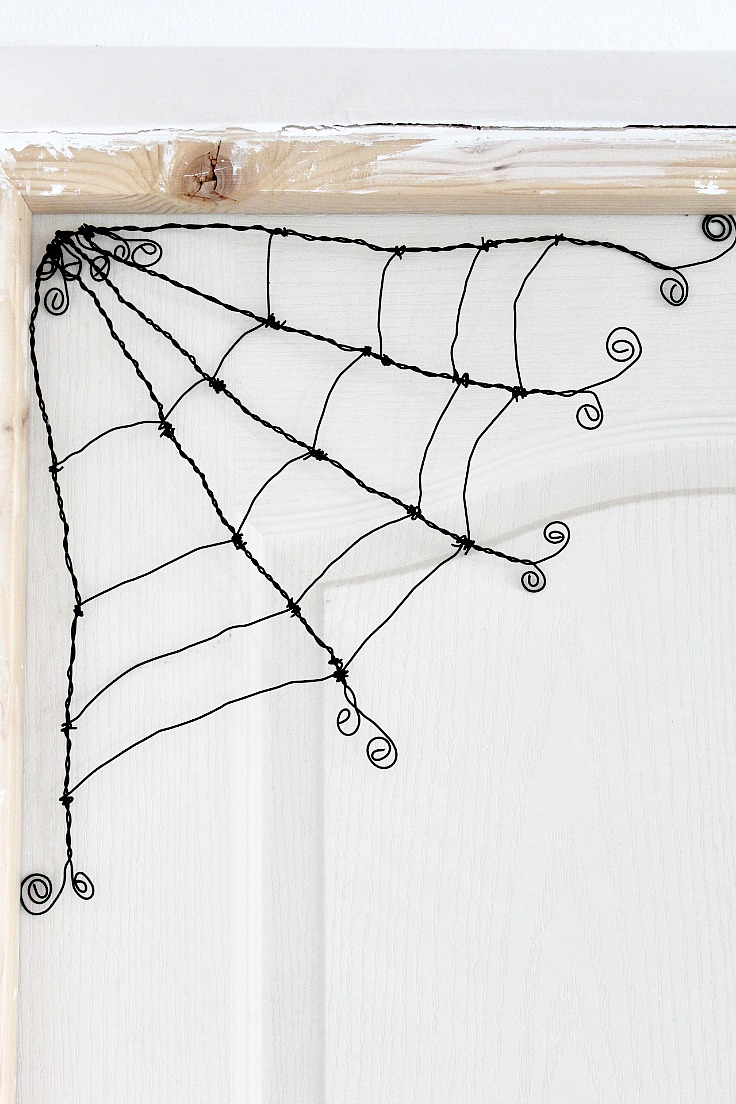 How to make a wire spider web