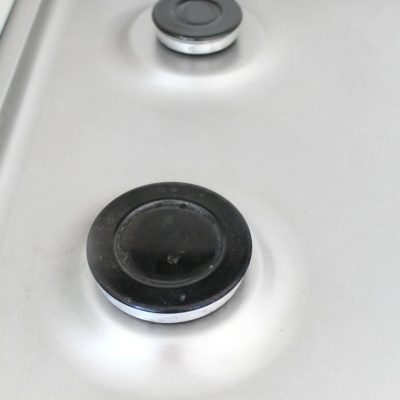 How to clean your stove without scrubbing