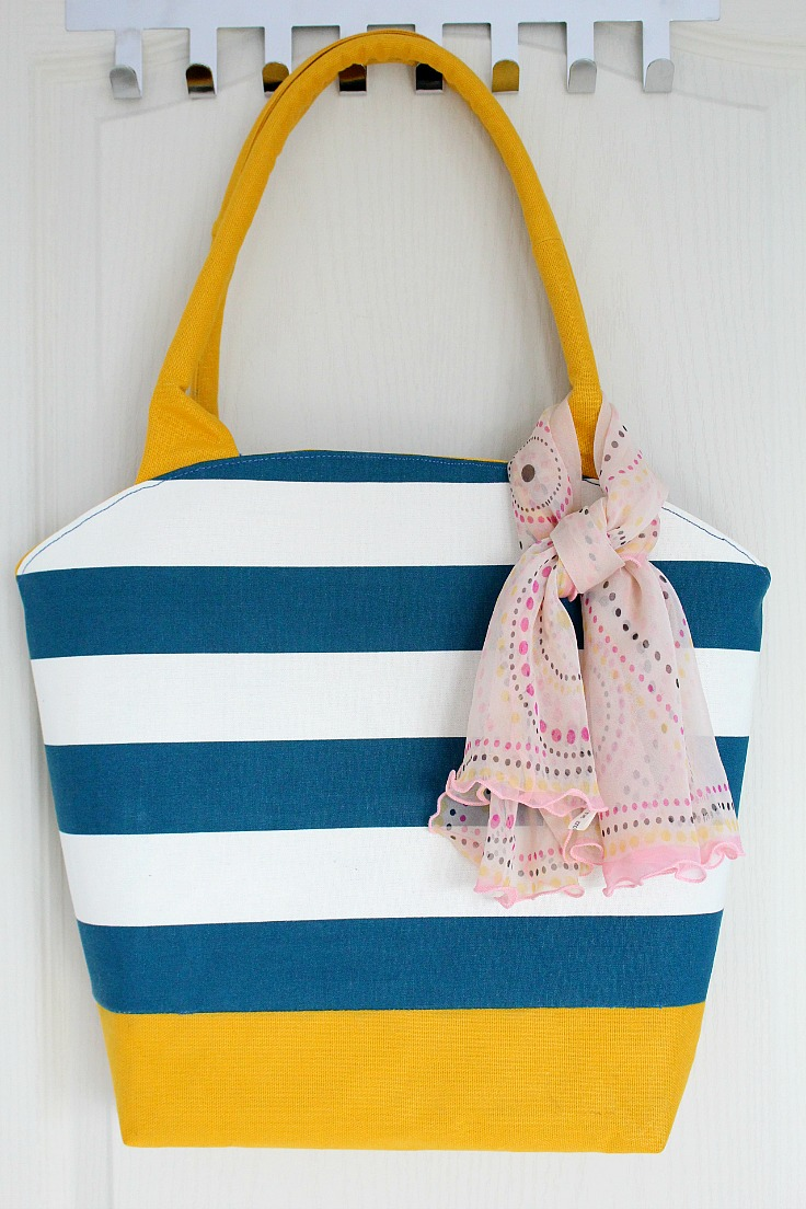 Tutorial and pattern: Round top tote bag
