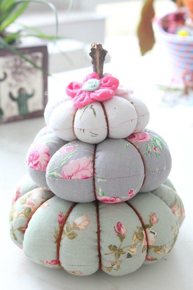 Handmade trio pumpkin pincushion with fabric and yarn