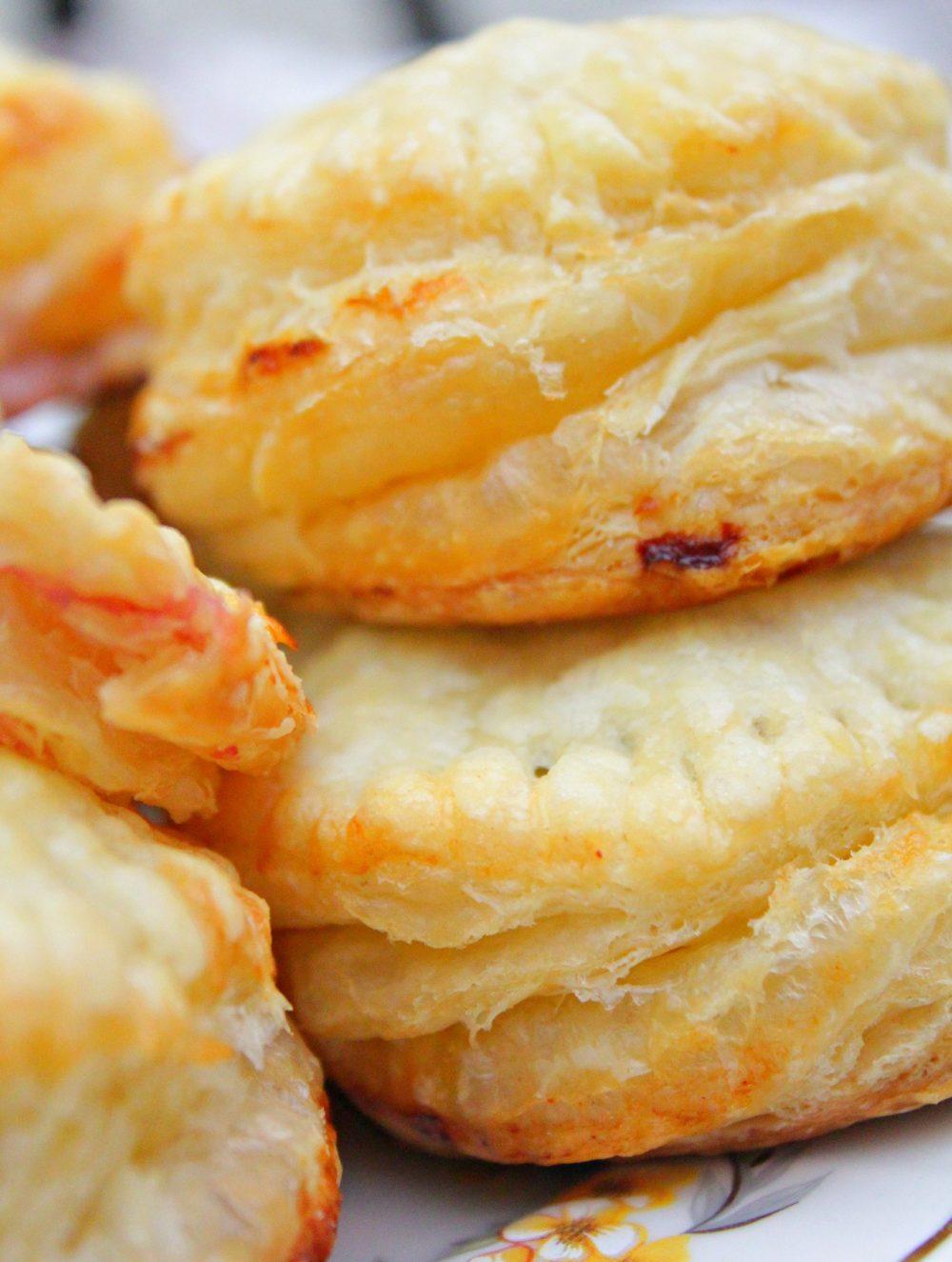 raspberry cheese hand pies