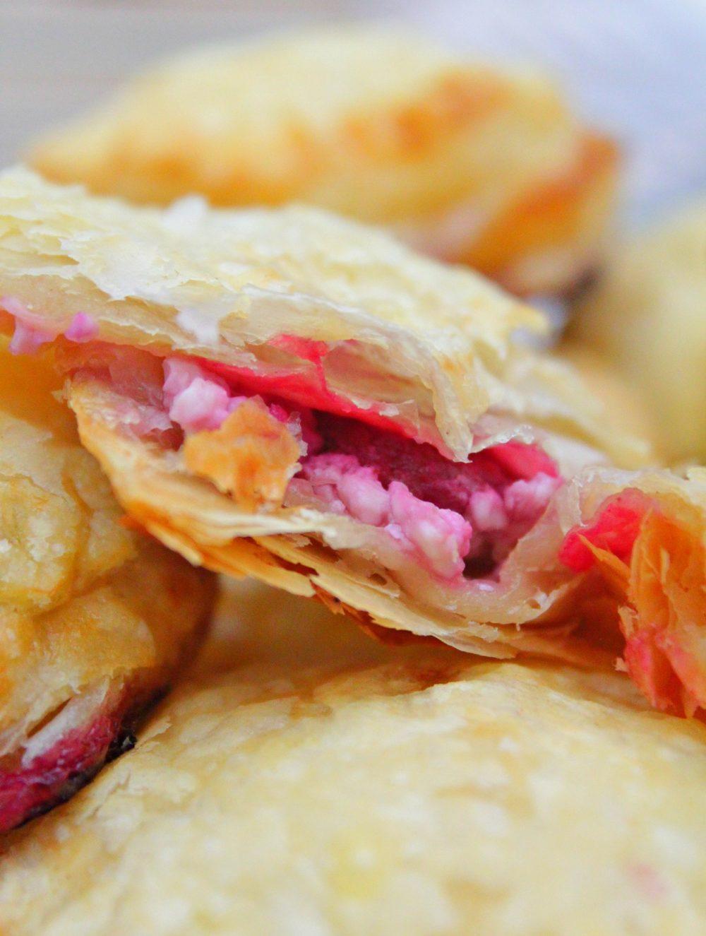 mini raspberry cheese pies