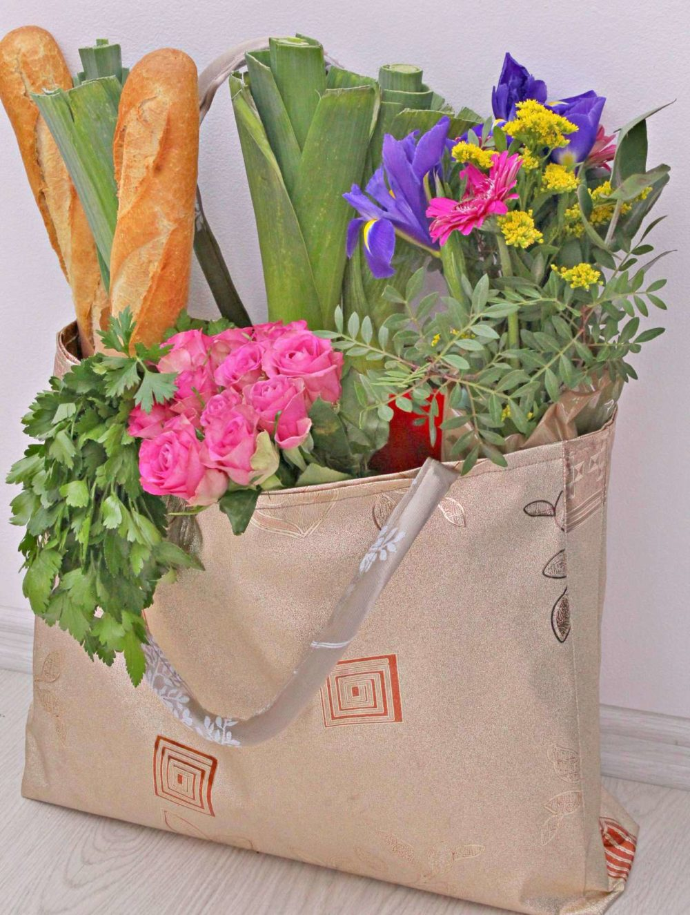 Easy grocery bag sewing pattern