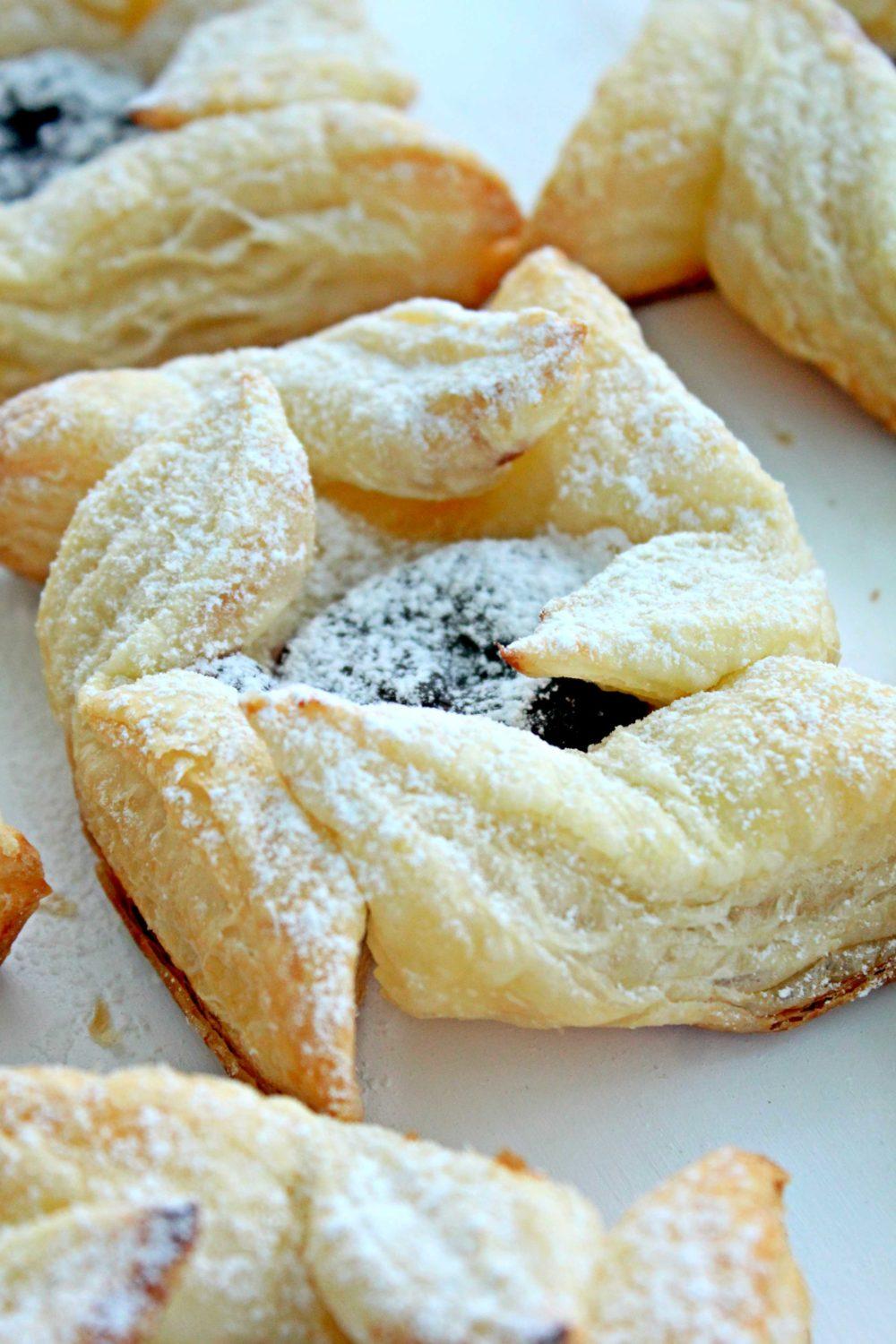 blackberry puff pastries