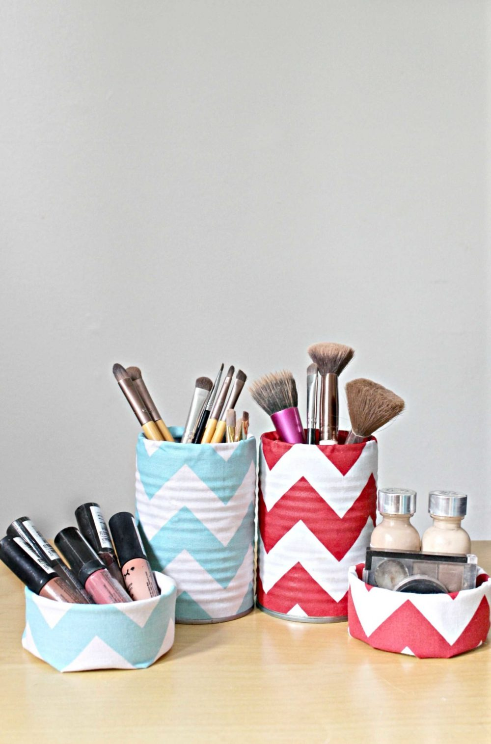 DIY makeup organizer set for brushes and cosmetics