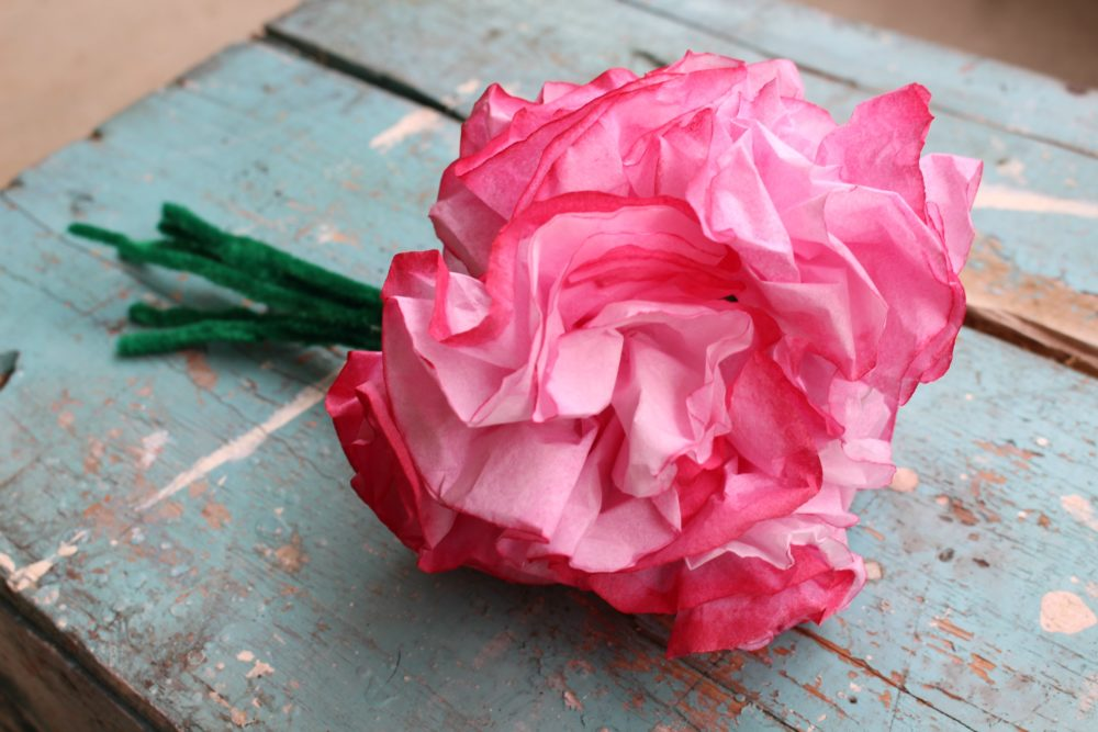 how to make flowers out of coffee filters
