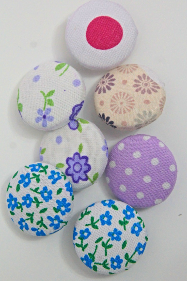How to cover buttons with fabric