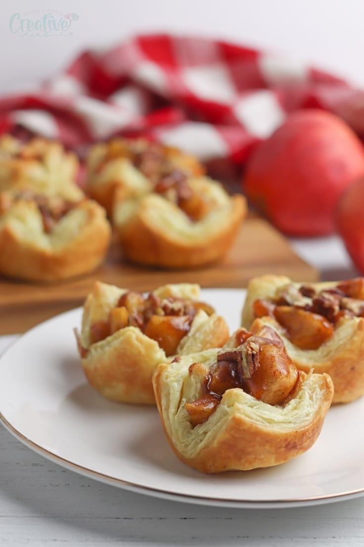 Apple pie bites