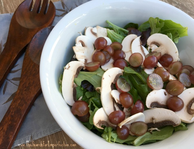 Red Grape and Slice Mushroom Salad
