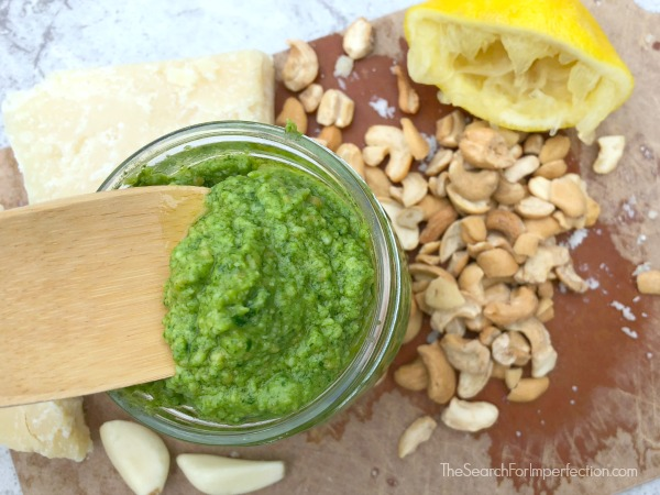 Lemon Pepper Arugula and Cashew Pesto