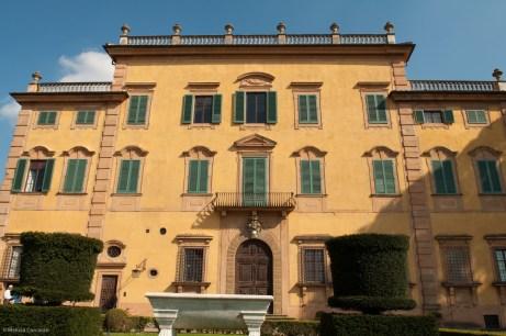The front of La Pietra.